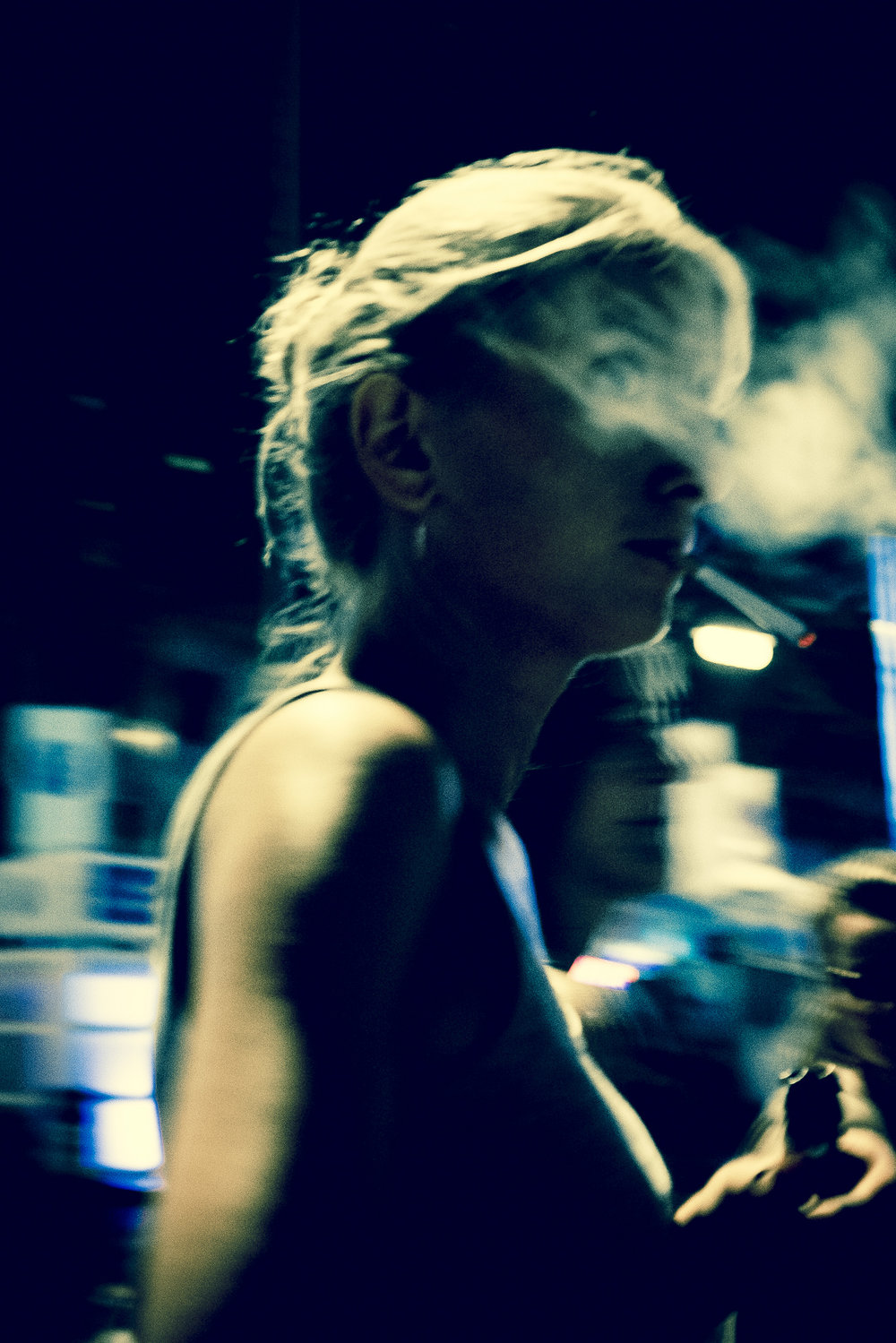 Smoking Girl. Cologne 2016.