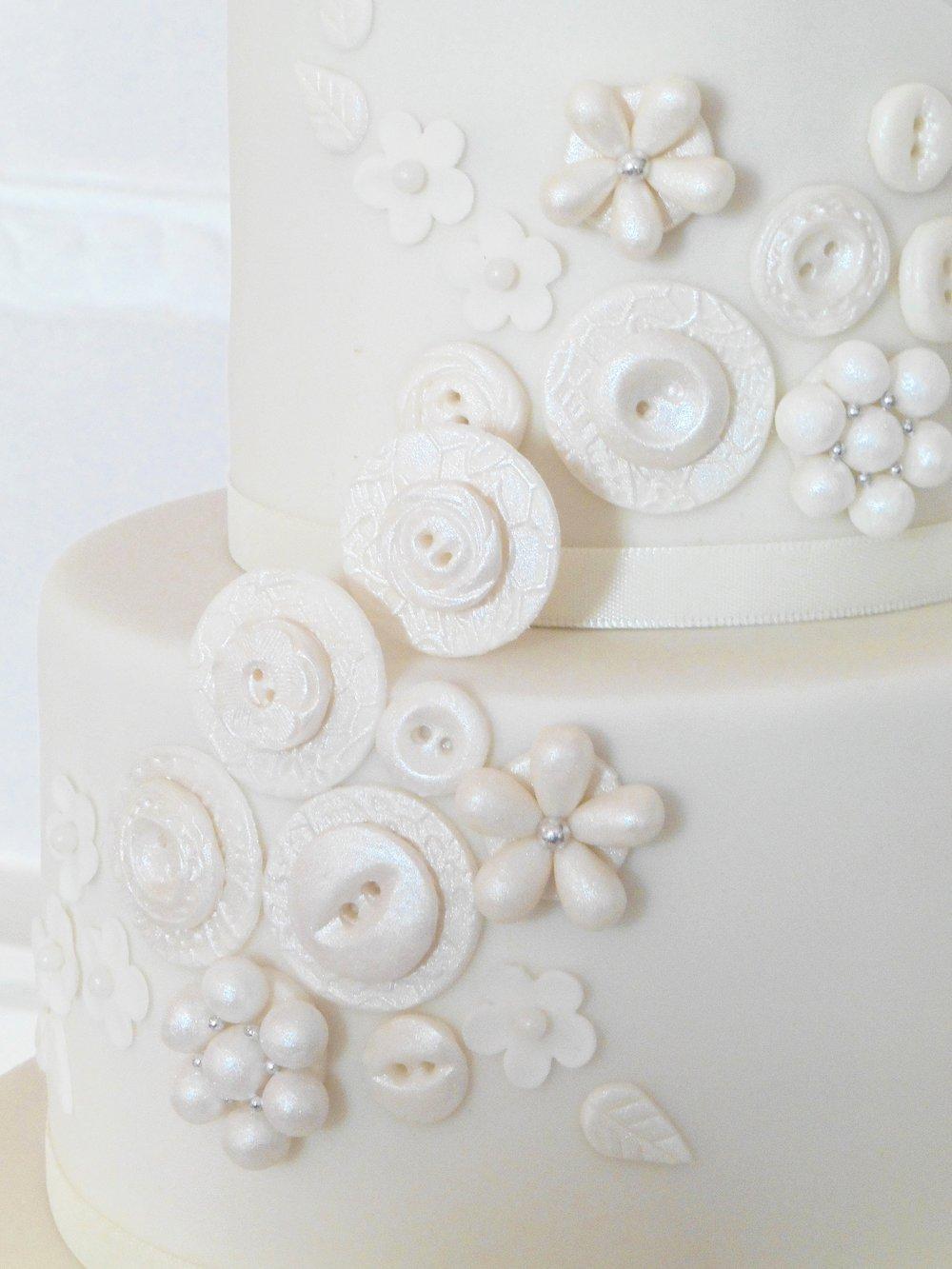 Sugar button wedding cake