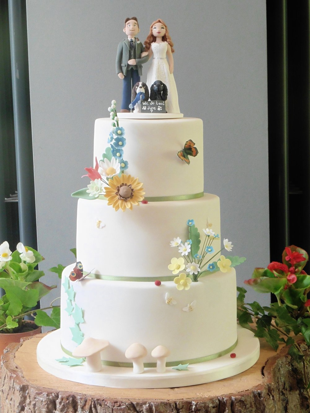 Country Bright Wedding Cake with sugar decorations