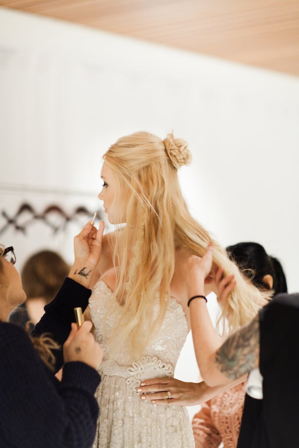 Behind the scenes Carol Hannah 2015 runway show - Chrysolite