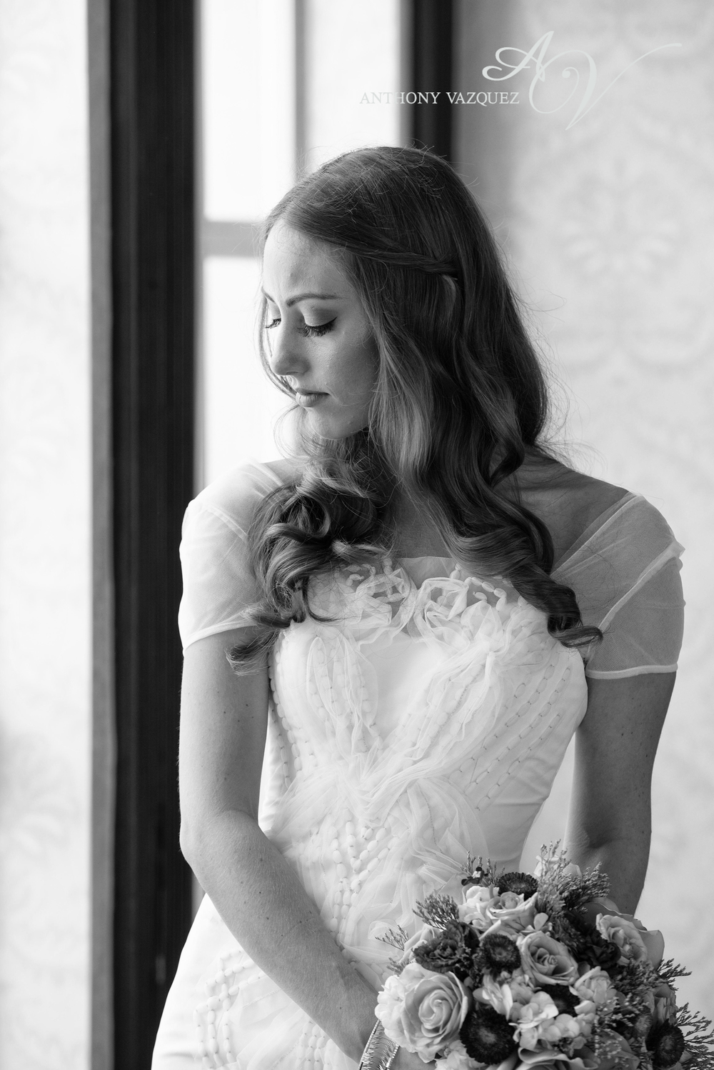 Carol_Hannah_Bridal_Custom_LaLune0412-Edit.jpg