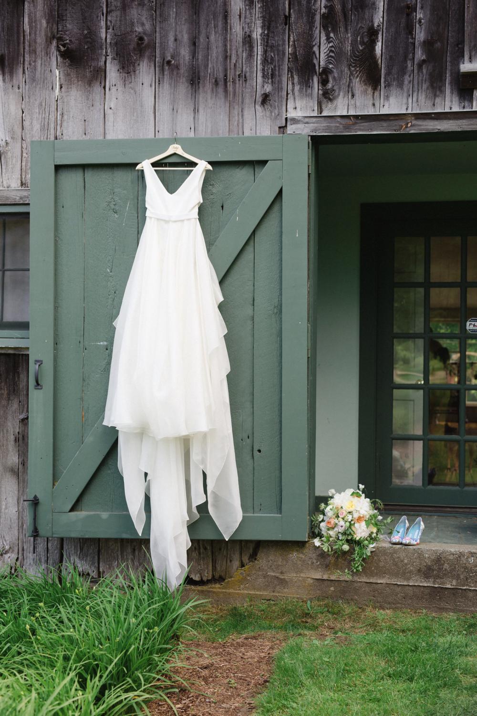 Carol Hannah Azurite Real Wedding Bridget+Tyler26.png