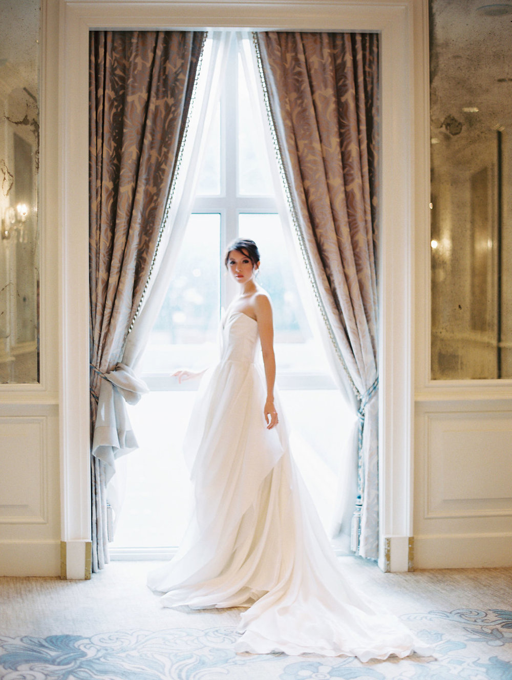 Carol Hannah Bridal Senara Gown Hotel-Crescent-Dallas-Wedding-Editorial-146.jpg