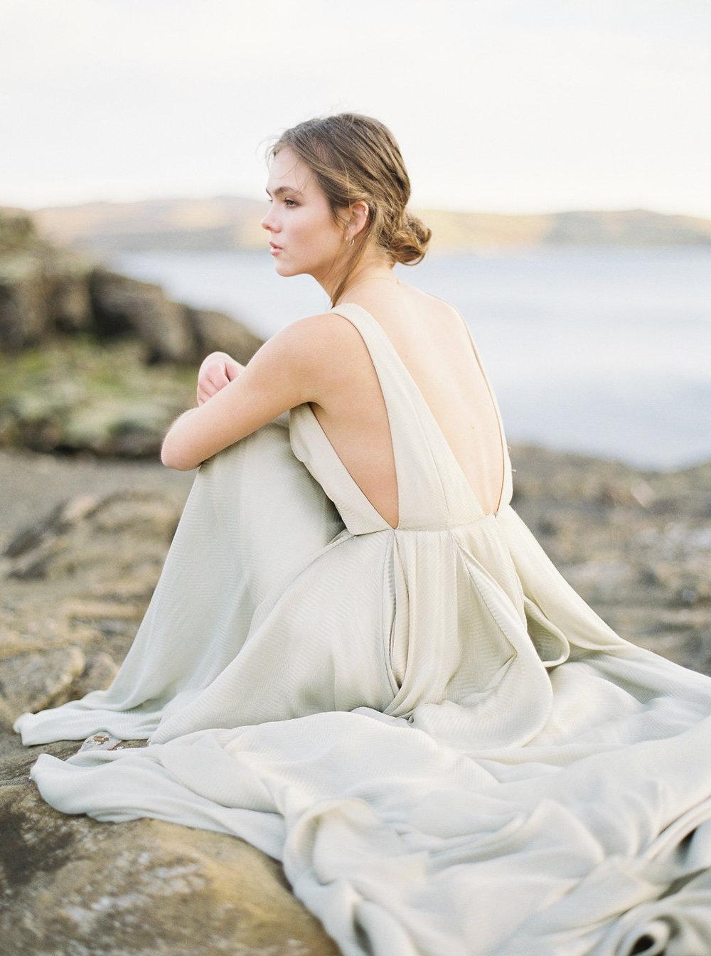 Carol Hannah Bridal Azurite Gown NguyenTakeba_Iceland NguyenTakeba_IcelandBridalPortraits-1041.jpg
