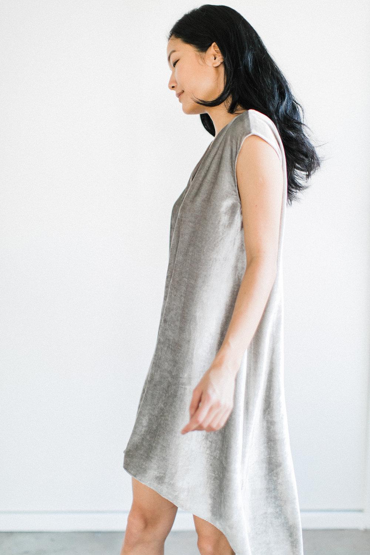 bowery-velvet-dress-silver-6.jpg