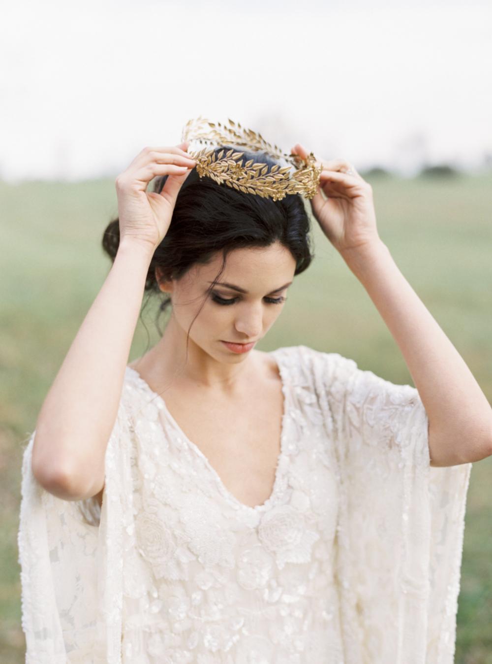 Carol Hannah Bridal Iolite Gown Shanon Moffit Photography 19.png