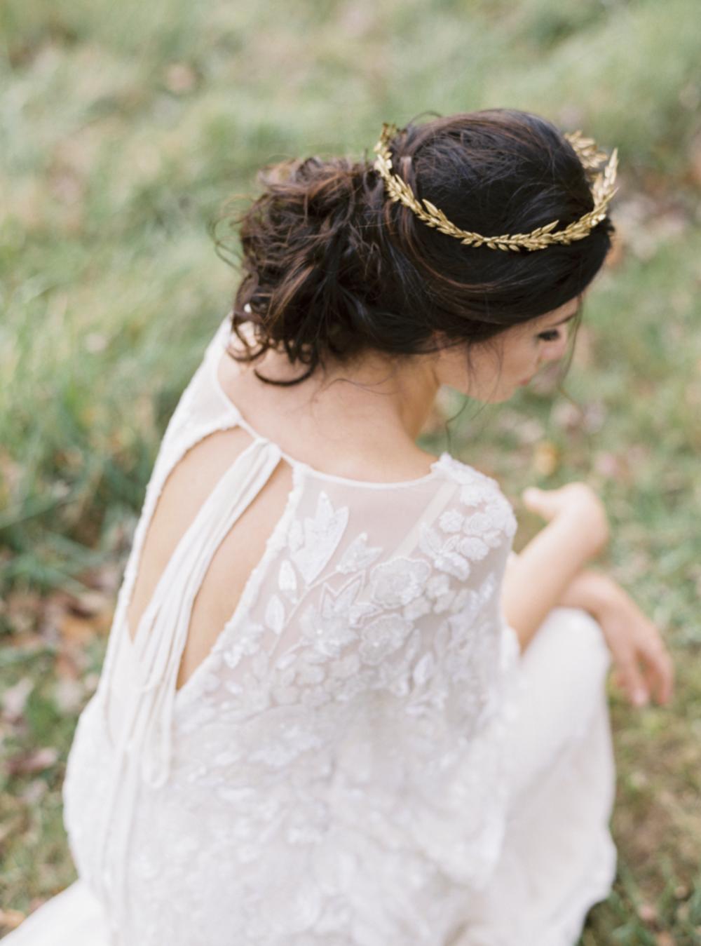 Carol Hannah Bridal Iolite Gown Shanon Moffit Photography 25.png