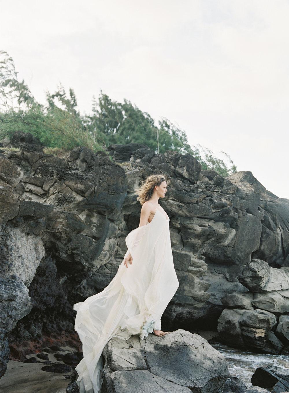 Carol Hannah Bridal Celestine Gown CLYBYMATTHEW-R1-007.jpg