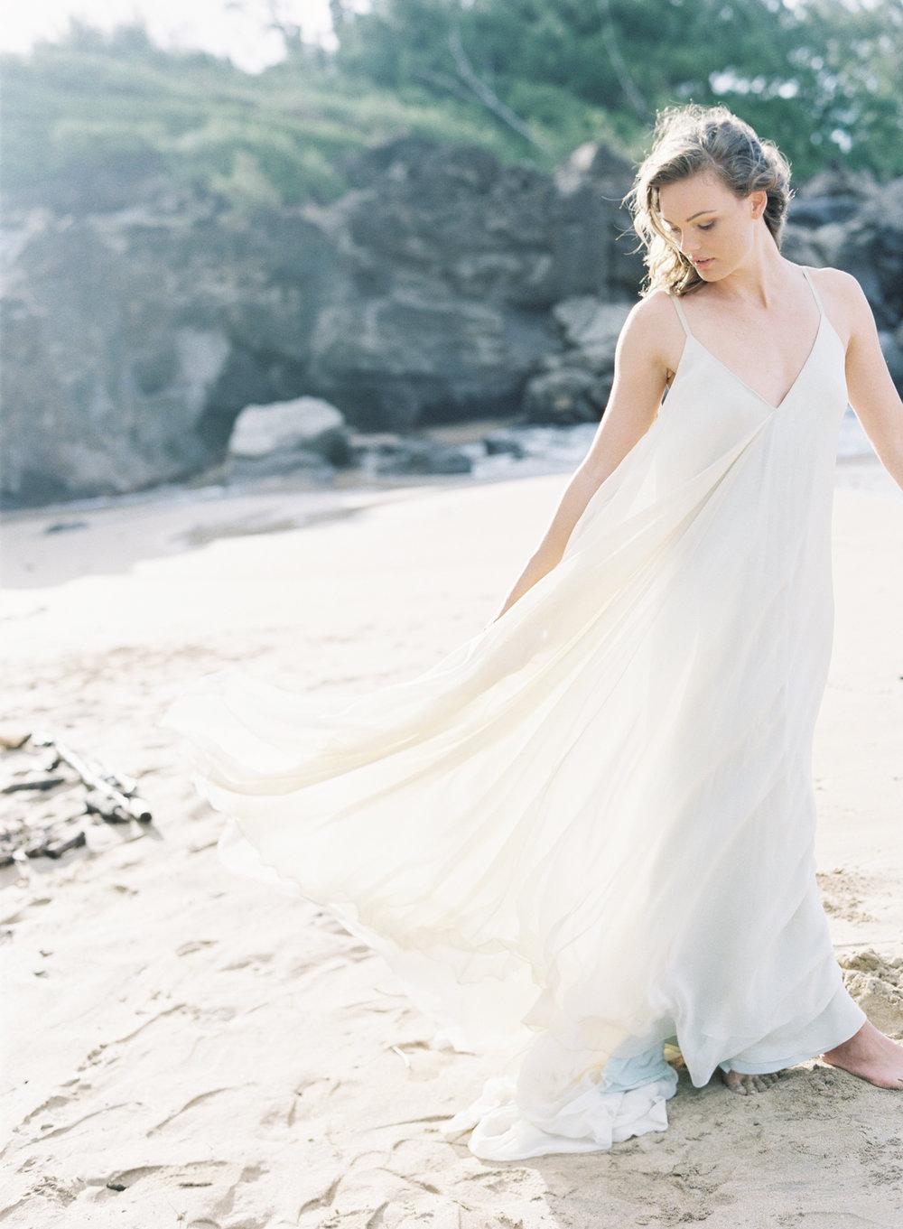 Carol Hannah Bridal Celestine Gown CLYBYMATTHEW-R1-013.jpg