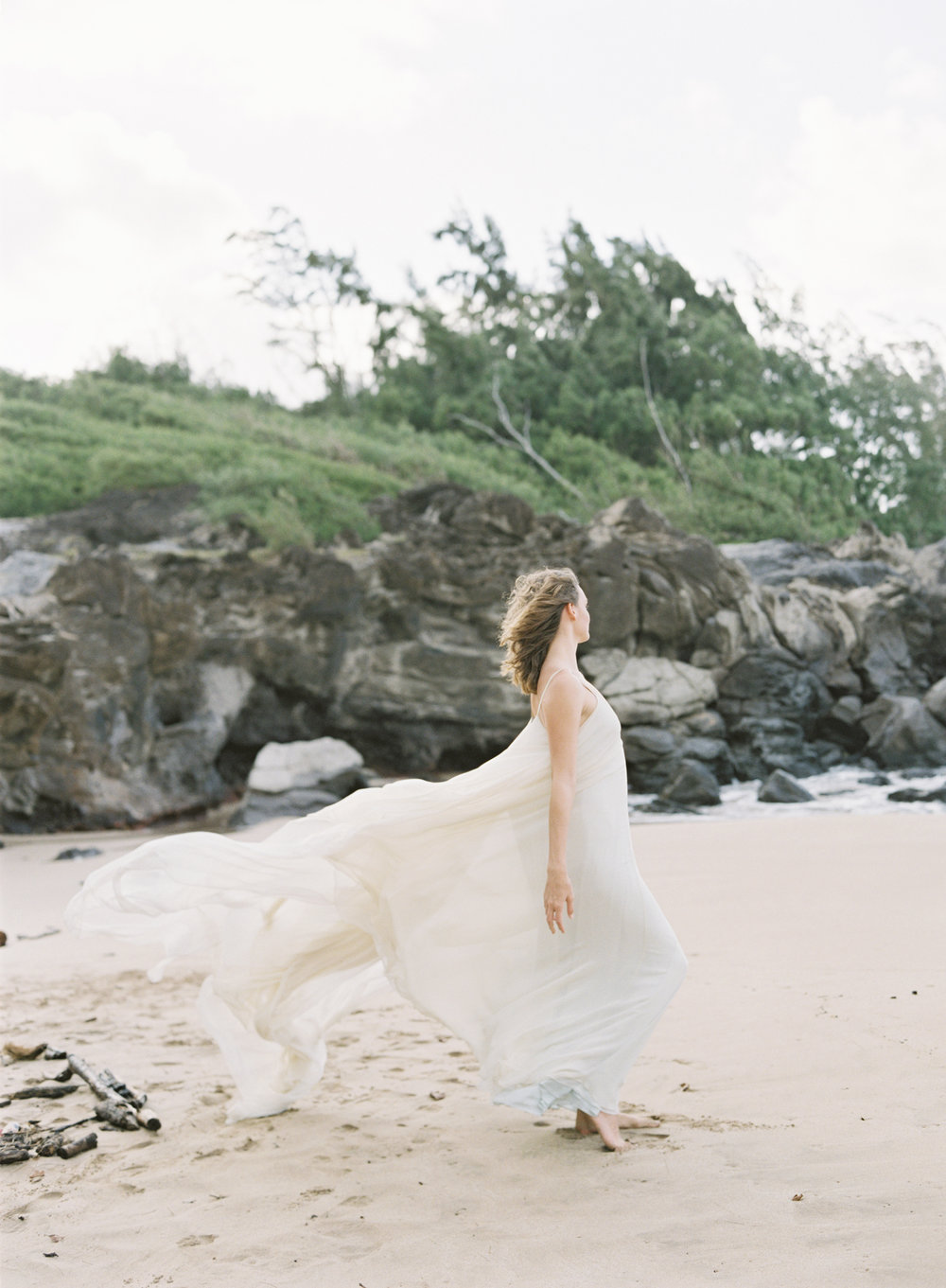 Carol Hannah Bridal Celestine Gown CLYBYMATTHEW-0-R1-008.jpg