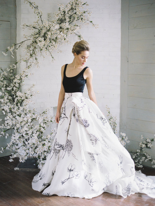 8fd51ecf8e Wedding Inspiration  Black and White Florals
