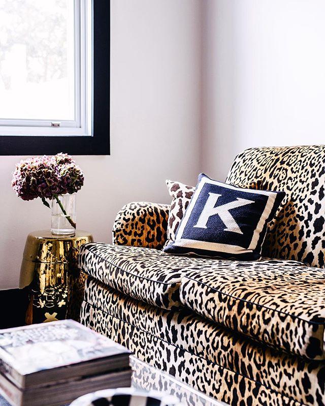 Leopard velvet in this cozy Family Room #melissakochinteriors 📷 @hannahblackmore styling💫 @peepmystyle