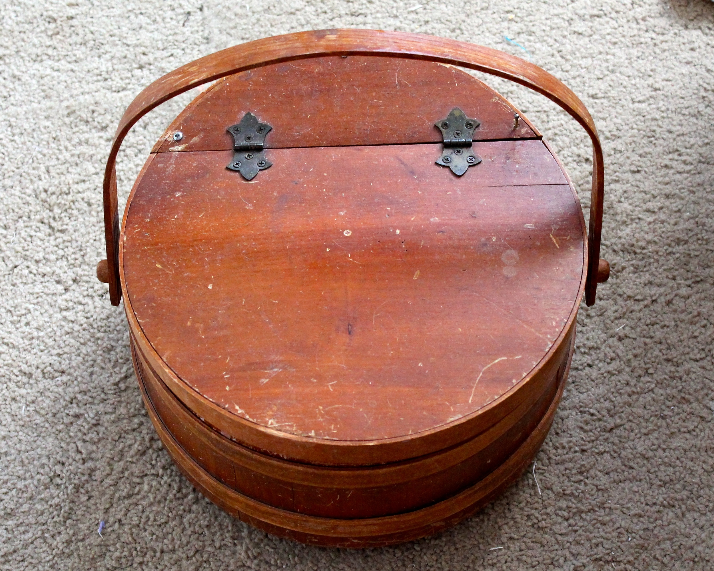 Old wooden circular sewing box before update