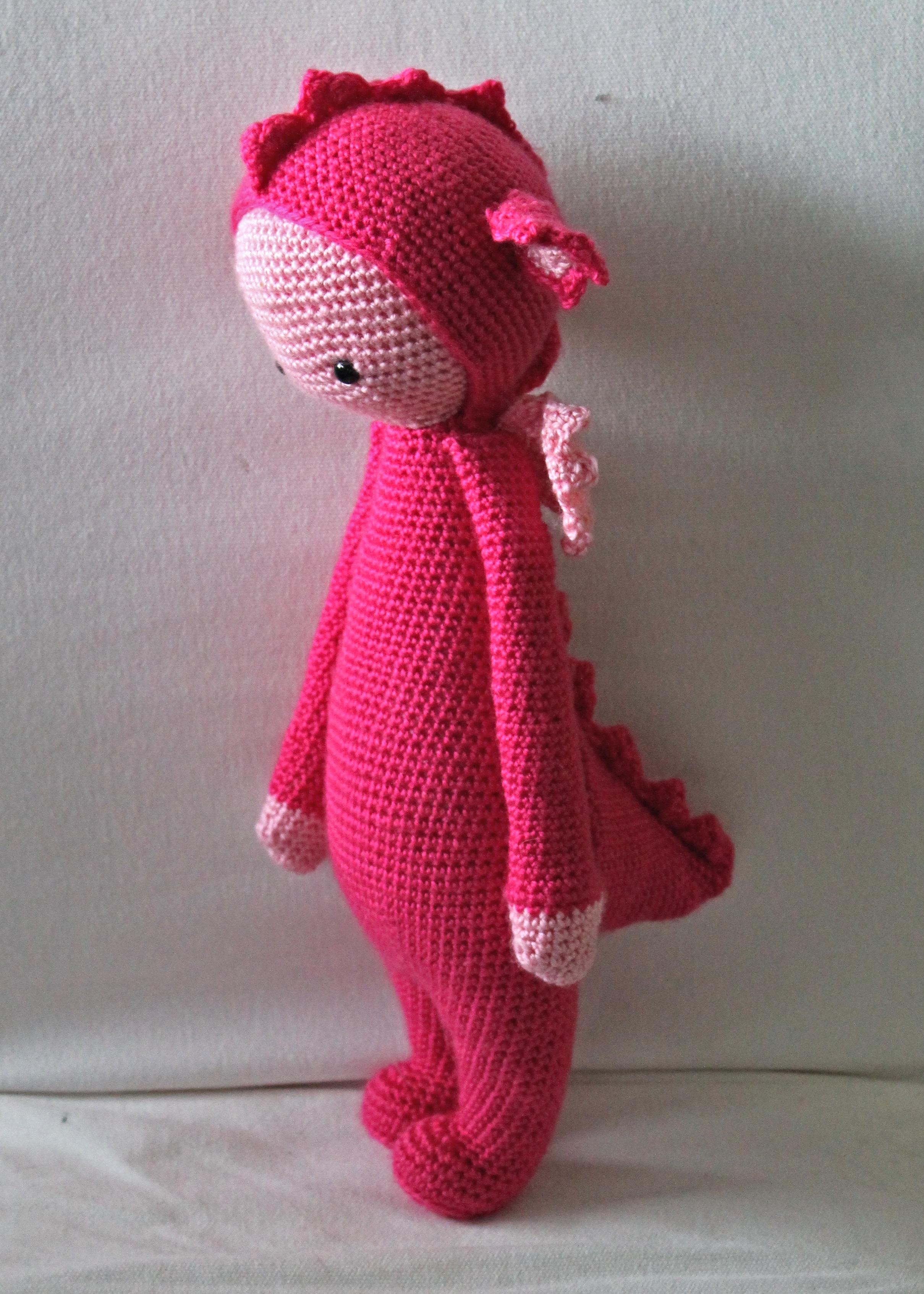 lalylala amigurumi doll - pink dragon