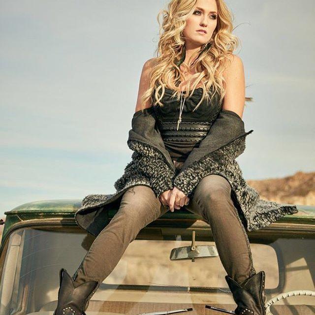 @megpatrickmusic #meghanpatrick #country #music #artist #margaretmalandruccolo @mmfoto99