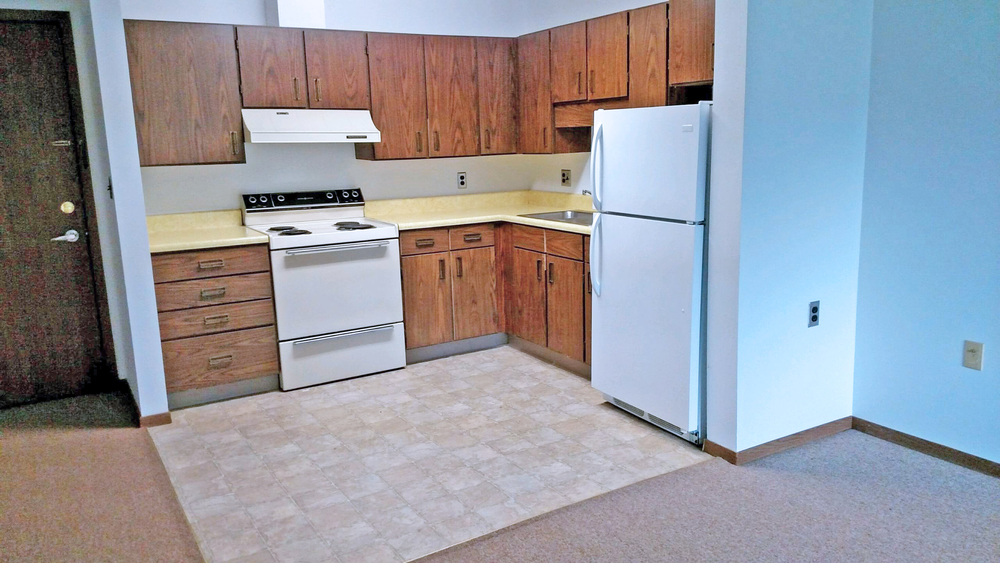 Morningside-Sand Creek vacant kitchen.jpg