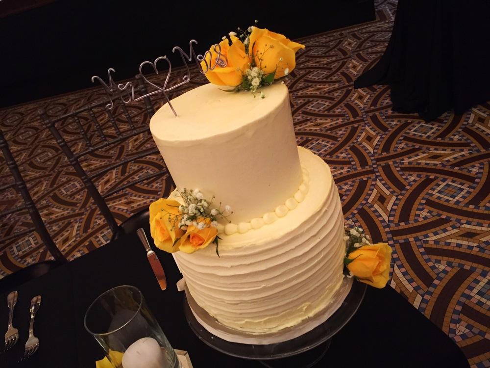 Callahan Wedding Cake.JPG