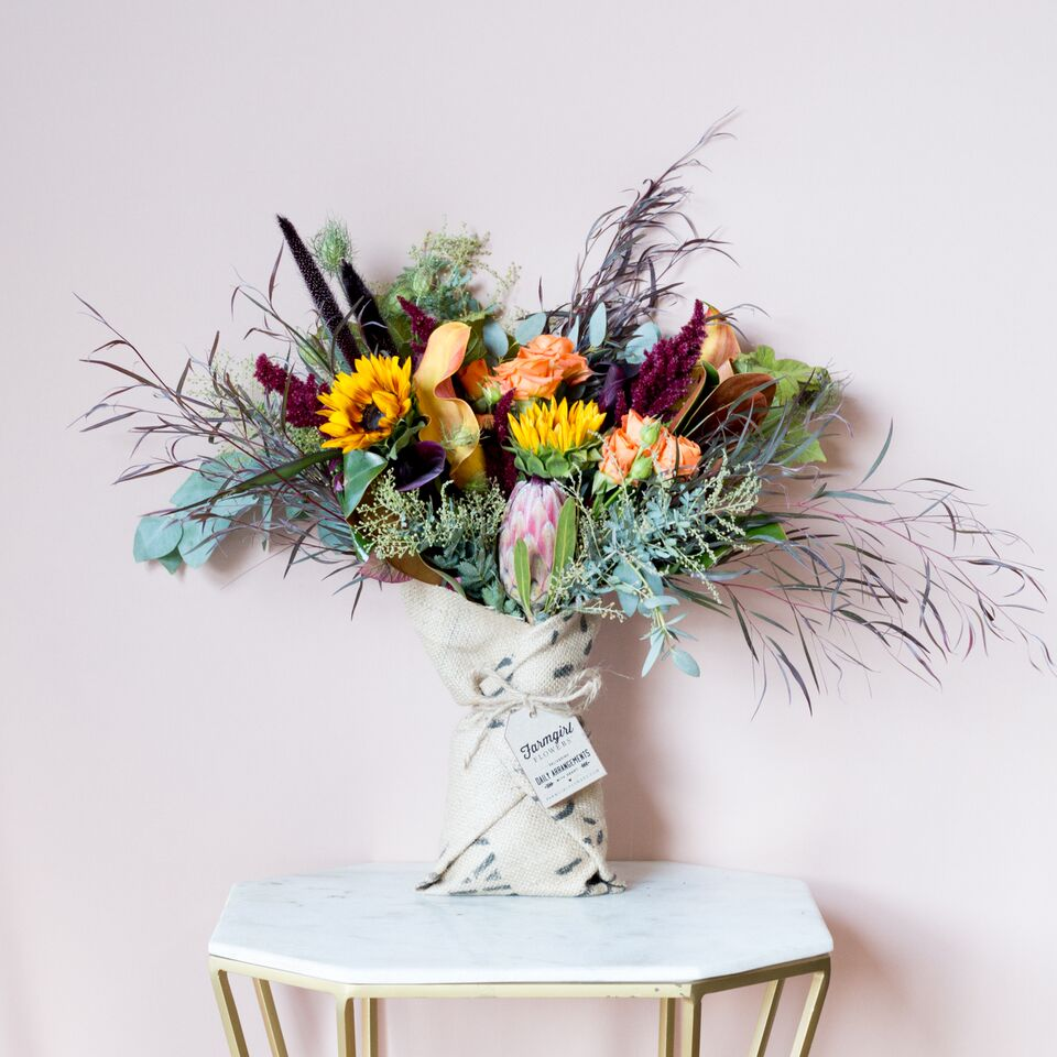 Fun Size Burlap Wrapped Bouquet 2_preview.jpg