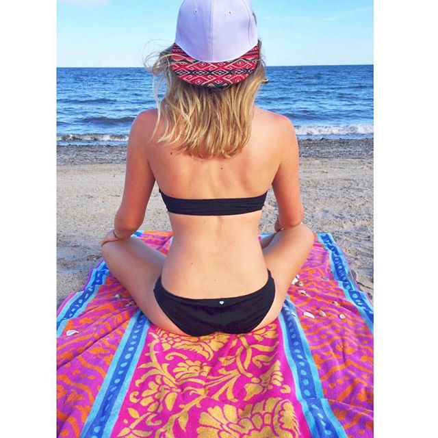 The beautiful @lovell_j wearing her Dipped Bamba Red snapback! #ShowYourTribalSide 🌅