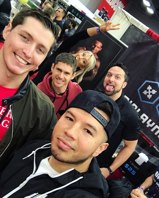 2019 @arnoldsports is officially over. Had a great time with team @biolayne and always great running into familiar faces as well as meeting some new ones! Until next time ✌🏼 _ #arnoldclassic #arnoldclassic2019 #arnoldexpo #arnoldsportsfestival #biolayne #laynenorton #swancardot #kaigreene # #fitnessexpo #photobombed #hollybaxter #snapback #wolvesamongsheep