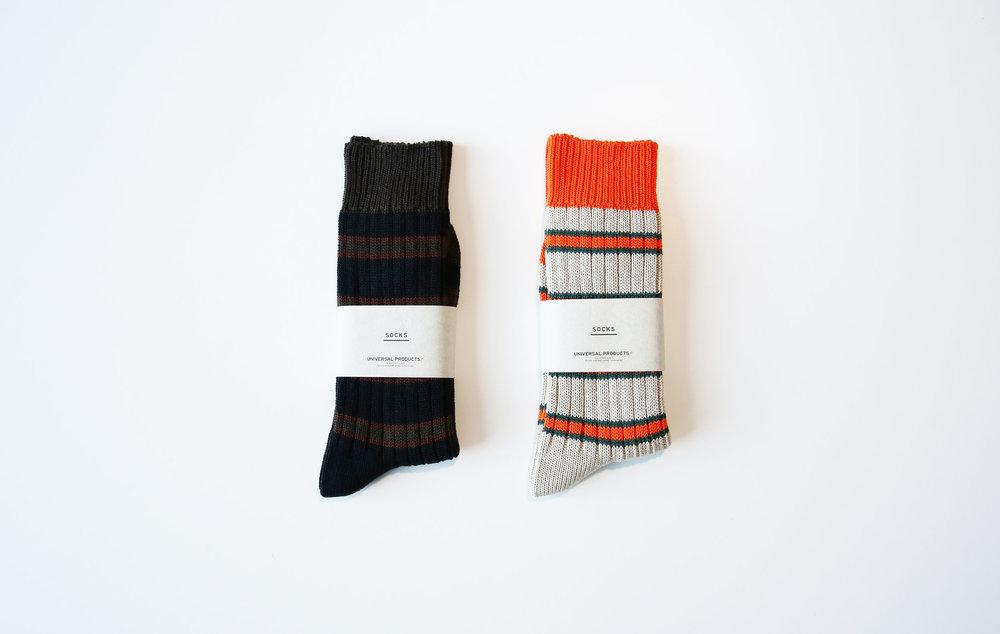 universalproducts_middlegauge_border_rib_socks05.jpg