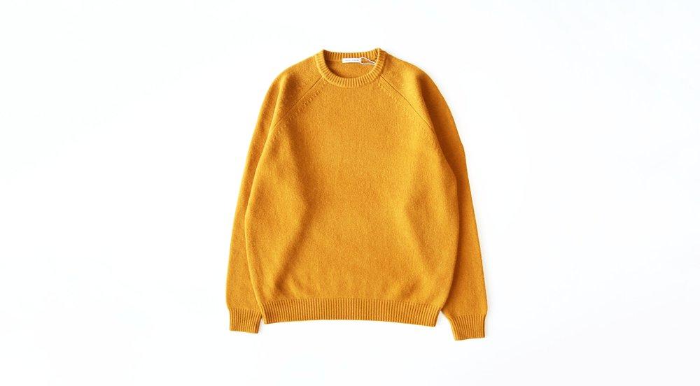 universalproducts_merinowool_crewneck_sweater_mustard05.jpg