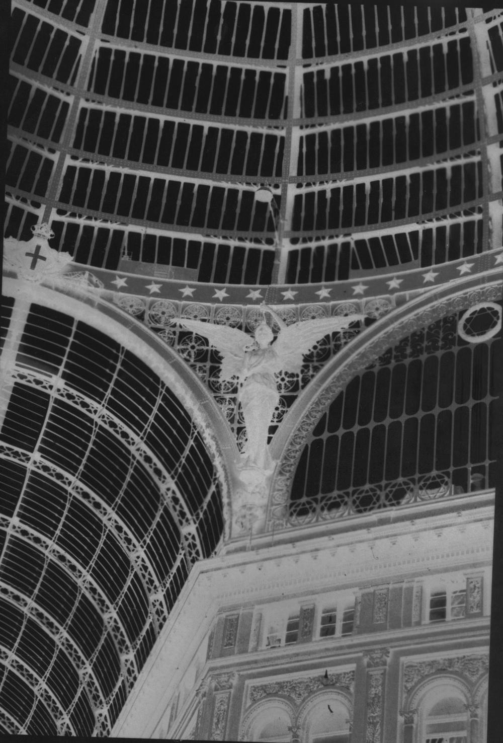 Angel at Galleria Umberto #2