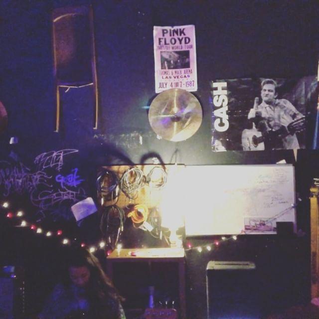✨c u 2nite✨ w/ @purplefunkmetropolis + @silverbacktrio  Music at 9pm at @moonpalacebooks . . . . . . . . . . . . #mplssound #chillvibes #chillmusic #livemusic #mplsmusic #mplsband #mariahmercedesandthebendz #mplsfunk #sheshreds #randbmusic #rehearsalspace #vibemusic #johnnycash #pinkfloyd #kissmygirlfriend #drumsolo #rocknroll #lofibeats #indierandb