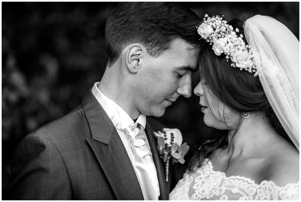 Village-Hotel-Wedding-Photography-Emma-Justin_0045.jpg