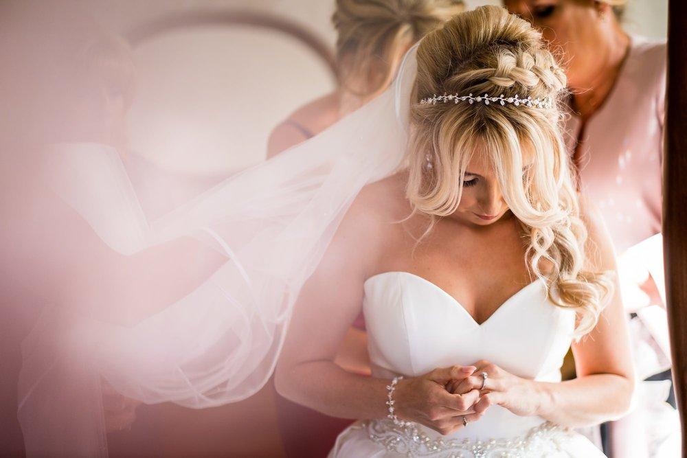 Best-Wedding-Photography-2018-Lancashire_0030.jpg