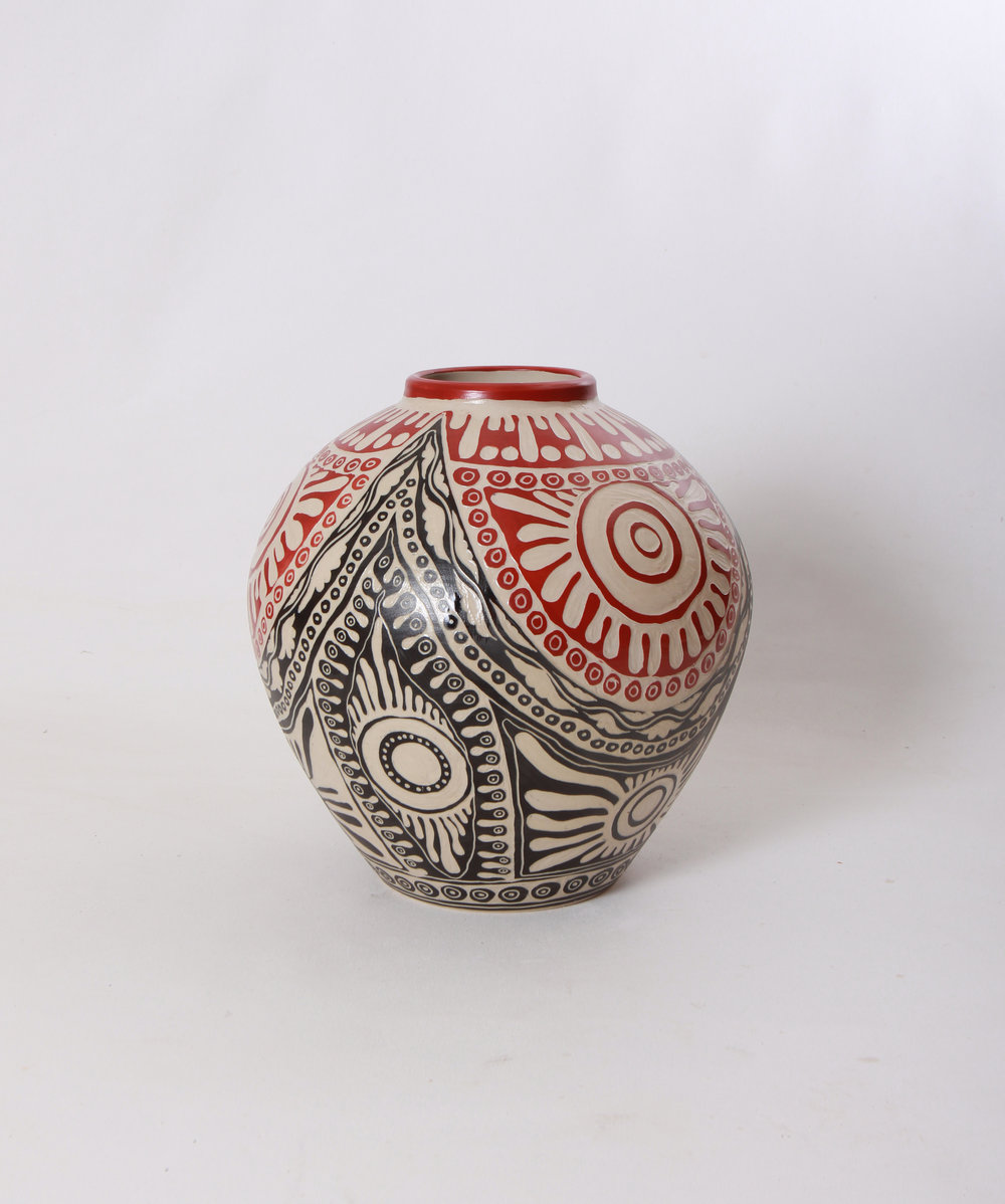 ALISON MILYIKA CARROLL  Ngayuku Walka, 2017  280H x 270mm Stoneware Catalog #838C-17   EMAIL INQUIRY