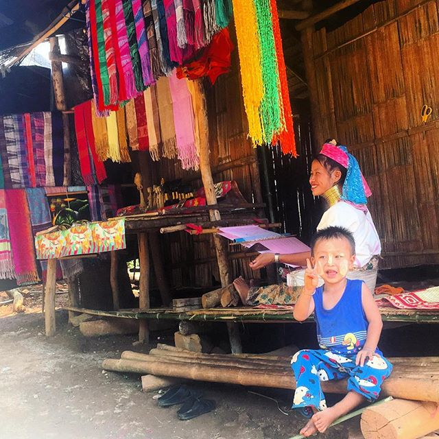 But some things are universal ✌🏽 #kids_of_our_world #textiles #thailand