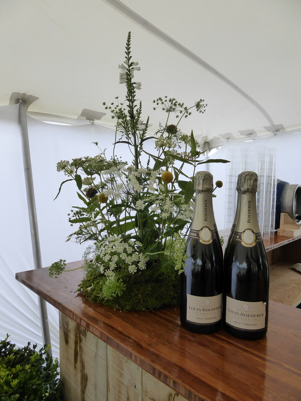 LouisRoederer_Bar_Arrangements_PoloGoldCup_Cowdray
