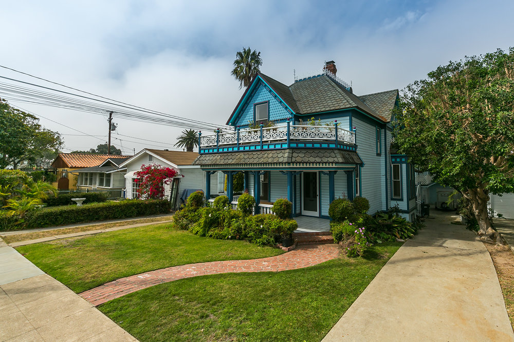 <p><strong>323 S Francisca Ave, Redondo Beach</strong>3 Bedroom   2 Bath w/Triplex $2,249,000<a href=/323francisca>More →</a></p>