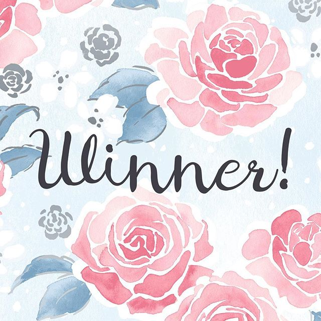 And the winner of our #enchantedlakefabric giveaway is *drum roll please*  @quilts4kisses! Congratulations!!🎉 🍾  Many thanks to all who participated. 😁