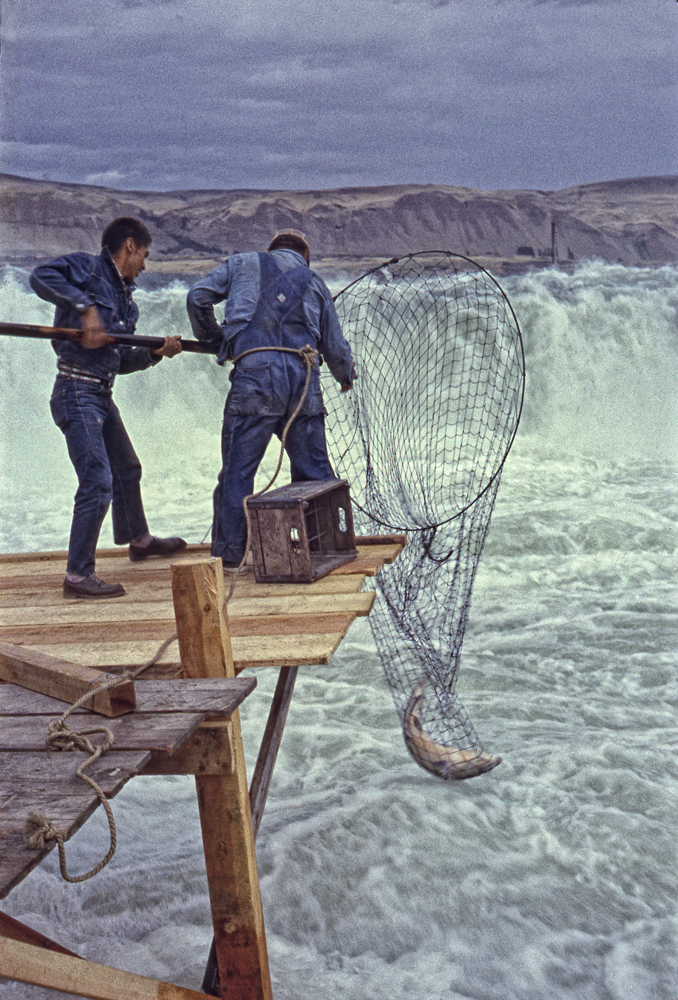 Celilo Falls – Salmon Catch