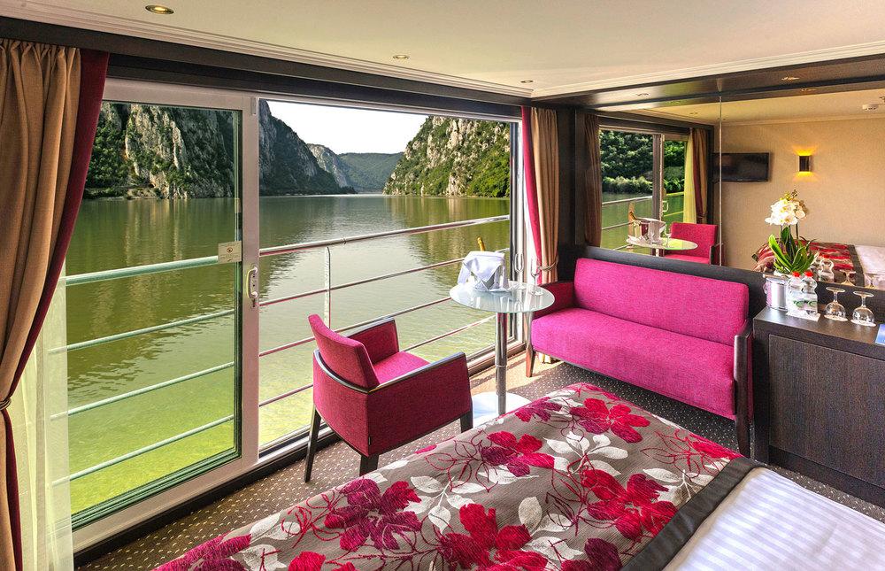 River-Cruise-Avalon-Stateroom-sm.jpg
