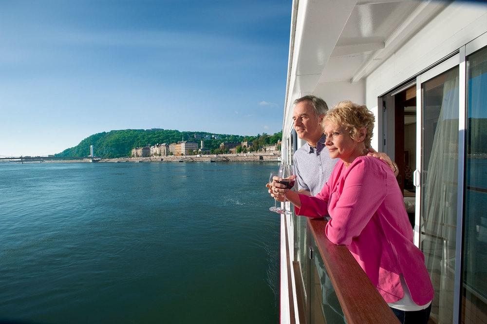 3-River-Cruise-Viking-Stateroom-sm.jpg