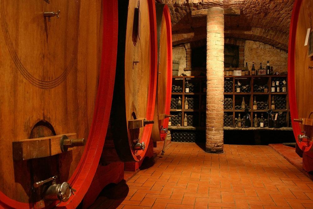 Piedmont-wine-sm.jpg