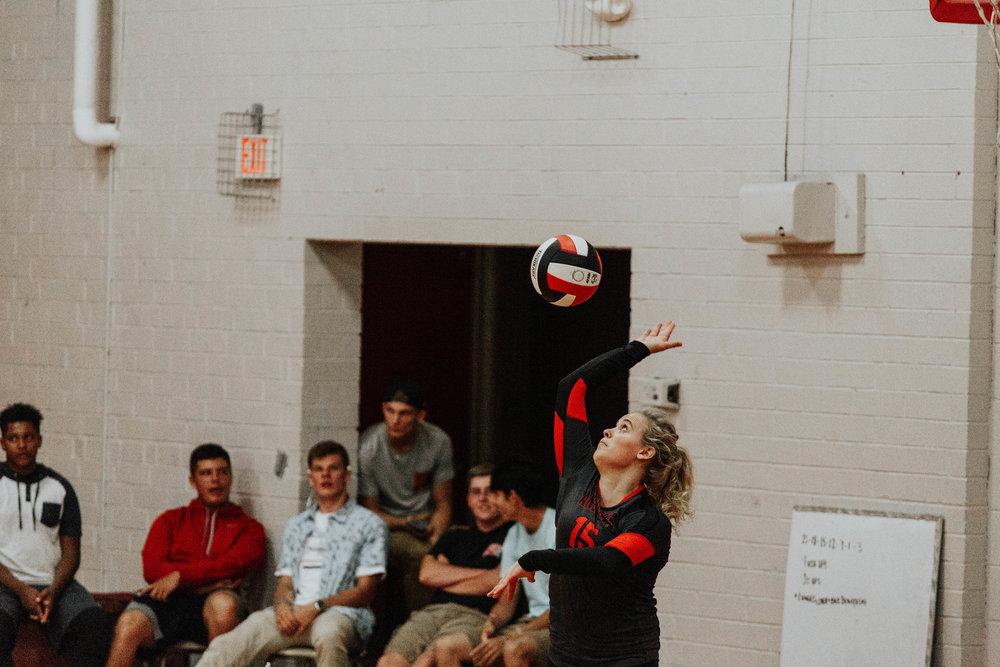 Senior Volleyball_5093.jpg