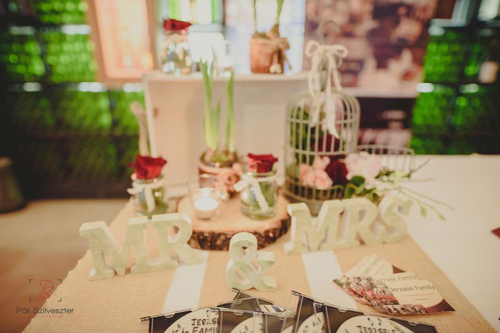 Páli-Szilveszter-székesfehérvári-esküvői-fotós-esztergom-prímás-pince-esüvőkiállítás-2016-01-23-70429.jpg