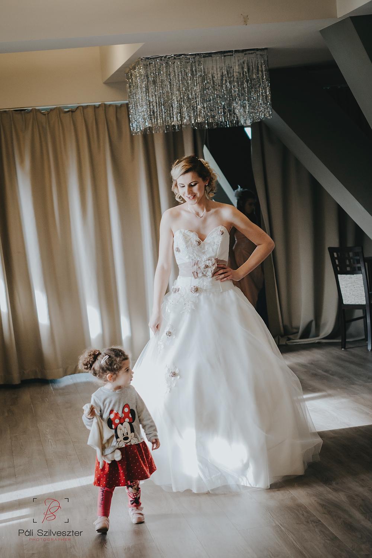 Páli-Szilveszter-székesfehérvári-esküvői-fotós-siófok-2016-02-28-1825.jpg