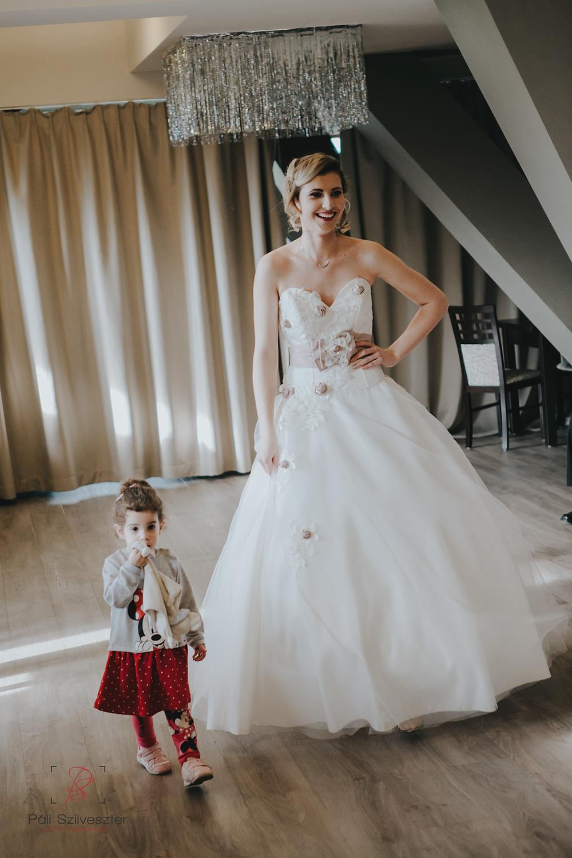 Páli-Szilveszter-székesfehérvári-esküvői-fotós-siófok-2016-02-28-1826.jpg