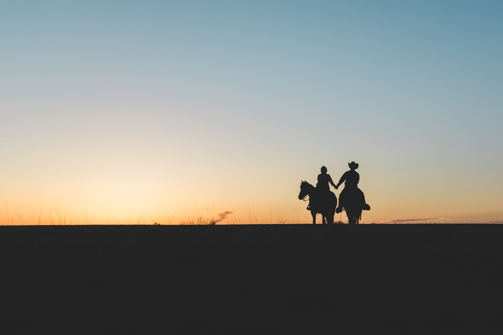 fort_sumner_new_mexico_ranch_engagement-18.jpg