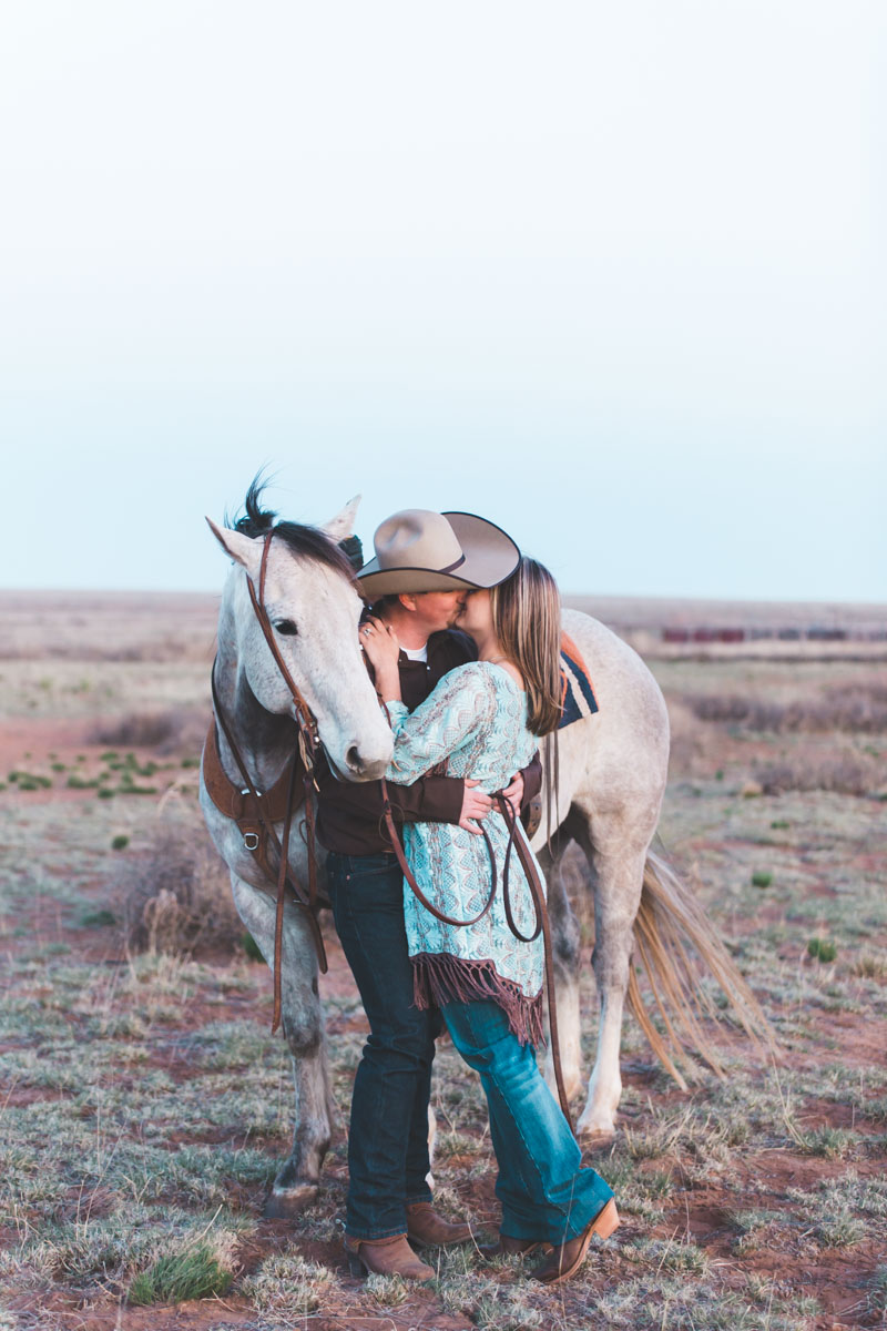 fort_sumner_new_mexico_ranch_engagement-22.jpg