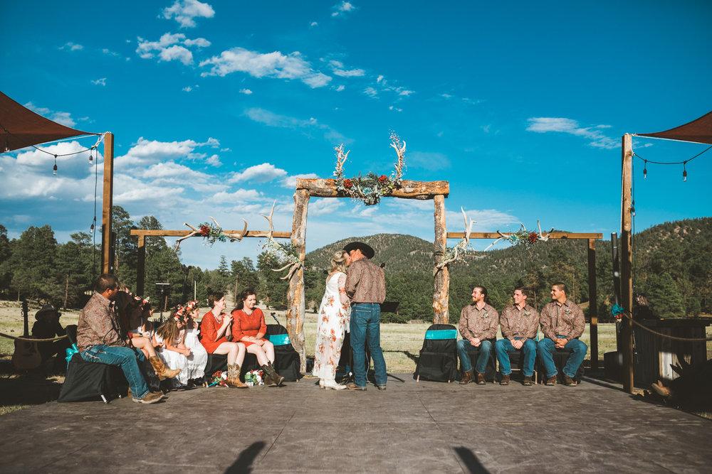 new_mexico_ranch_wedding-1063.jpg