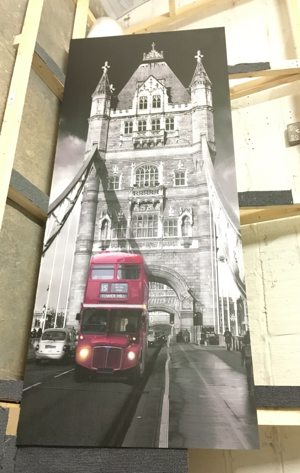 London bus wardrobe door