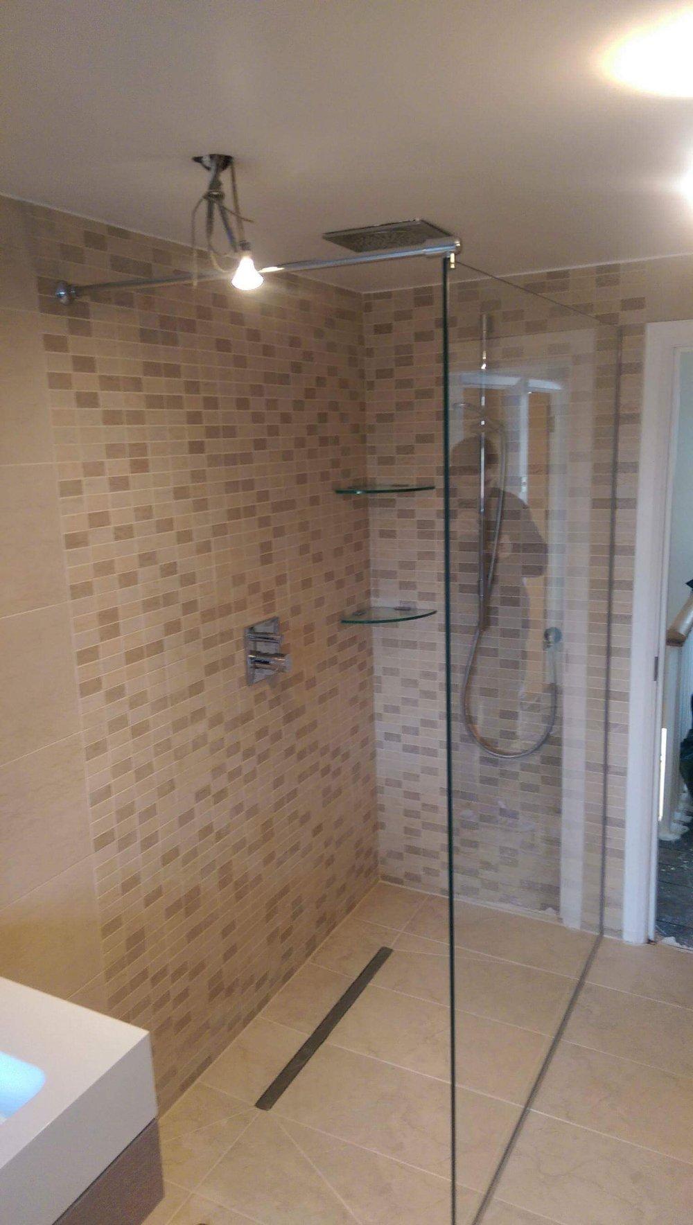 Clear Shower Screens — SUN STUDIO.London