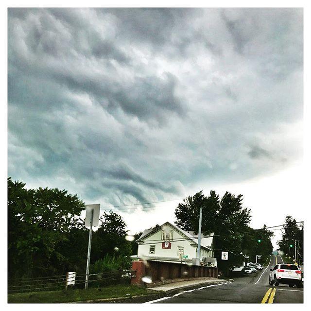Stormy Sky Spectacular. #narrowsburg #catskillsny #catskillstyle #countrydrive #countrygirllife #upstatenewyork #upstatelife #sullivancounty #sullivancatskills #countrylife #inthewoods #inthecountry #nature #clouds