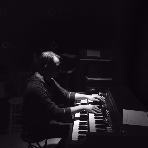 "Derek being ""spooky sparse"" on the keys"